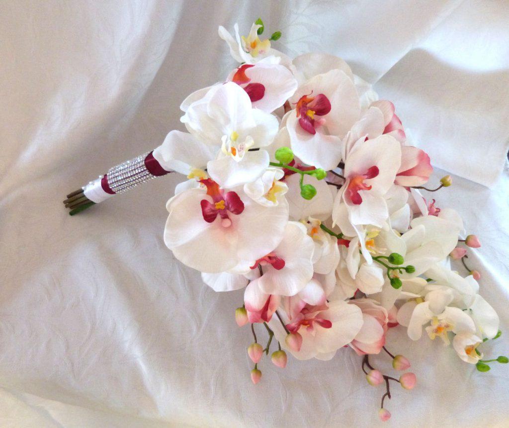Hoa lan tượng trưng cho sự duyên dáng, đáng yêu