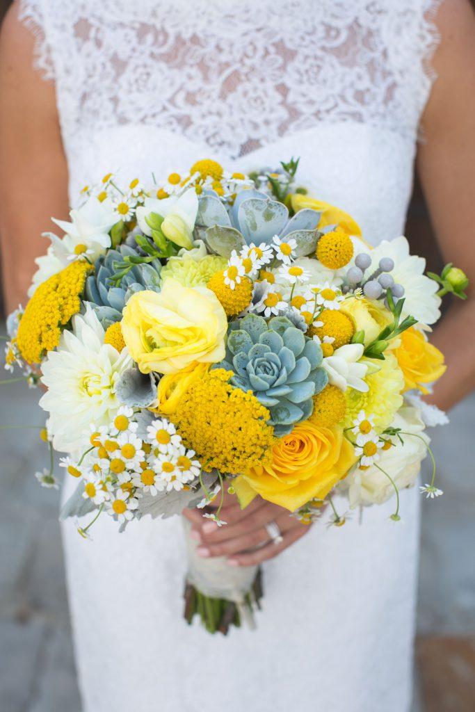 Hoa cưới cầm tay đẹp ngất ngây